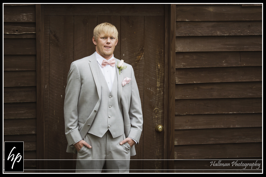 wedding photos at Corley Mill House in Lexington, SC